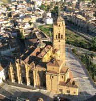 Catedral de Guadix en el centro de la plaza
